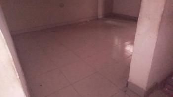 Lovely & Spacious Mini Flat, Adekunle, Yaba, Lagos, Mini Flat for Rent