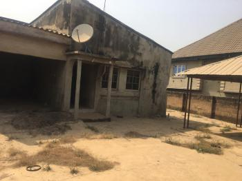 5 Bedroom Bungalow, Asanmaja Area, Moniya, Ojoo-moniya Road, Ibadan, Oyo, Detached Bungalow for Sale