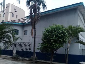 4 Bedroom Duplex on a Plot, Oweh Street, Jibowu, Yaba, Lagos, Detached Duplex for Sale