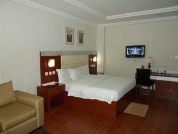 Functioning 41 Rooms Hotel, Chevron Drive, Chevy View Estate, Lekki, Lagos, Hotel / Guest House for Sale