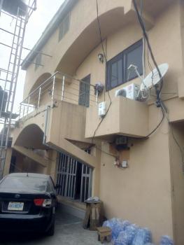 Spacious 3bedroom Upstairs Off Olufemi, Off Olufemi Off Ogunlana Drive, Kilo, Surulere, Lagos, Flat for Rent