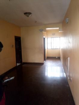 a Fairly Used and Spacious Sharp 3 Bedroom Flat, Off Apapa Road, Ebute Metta West, Yaba, Lagos, Flat for Rent