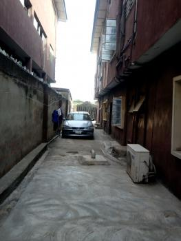 3 Bedrooms Flat, Off Roju, Off Ikorodu Road, Ojota, Lagos, Flat for Rent