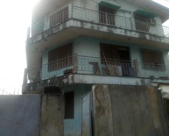 2 Bedroom Flat, En-suite, Abule Ijesha, Yaba, Lagos, Flat for Rent