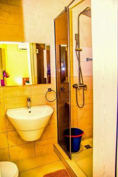 Four Bedroom, Fully Serviced with Wifi, Ikate Elegushi, Lekki, Lagos, Hotel / Guest House Short Let