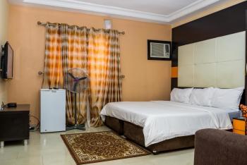 Tastefully Furnished Executive Studio Apartment, Off Bashiru Shittu, Gra, Magodo, Lagos, Self Contained (single Rooms) Short Let