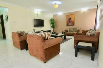 Spacious and Well Furnished  4 Bedroom Apartment, Ojulari Road, Lekki Phase 1, Lekki, Lagos, Flat Short Let