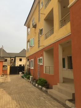Top Notch 2 Bedroom Flat, Mabuchi, Abuja, Flat for Rent