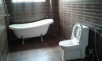 a Nicely Finished and Serviced House, Guzape District, Abuja, Terraced Duplex for Rent