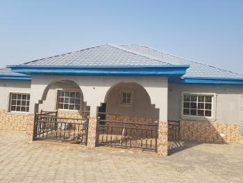 3 Bedrooms Bungalow with 2 Rooms Bq, Lokogoma District, Abuja, Detached Bungalow for Sale