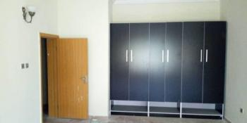 Well Finished 2 Bedroom Service Flat, Lekki, Lagos, Flat for Rent