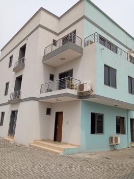 3 Bedroom Gorgeously Finished & Serviced Flat + Bq, Lekki Phase 1, Lekki, Lagos, Flat for Rent