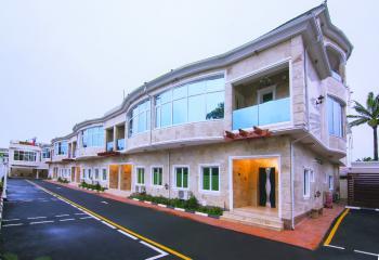 Luxury 4 Bedroom Terrace with Private Garden, Milverton, Old Ikoyi, Ikoyi, Lagos, Terraced Duplex Short Let
