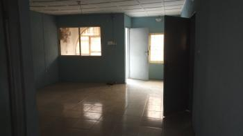 2 Bedroom Flat, By Commercial Avenue, Sabo, Yaba, Lagos, Flat for Rent