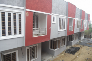 Beautiful 3 Bedroom Terrace with Extra Room for Maid, Lafiaji Off Orchard Road, Lekki, Lagos, Terraced Duplex for Sale