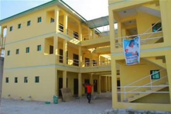 En Suite Shops, Office Spaces and General Market Stores, Ebute, Ikorodu, Lagos, Plaza / Complex / Mall for Rent