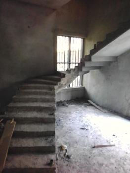 5 Bedroom Duplex, Airport Road, Warri, Delta, Terraced Duplex for Sale