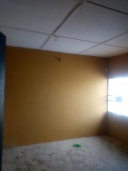 Standard 3 Bedroom Flat, Kekere-owo Street Off Akanro St, Ilasamaja, Mushin, Lagos, Flat for Rent