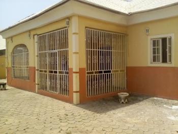 Distress Sale: Luxury 4 Bedroom Bungalow with Excellent Facilities, Faplins Estate, Dakwo, Abuja, Detached Bungalow for Sale