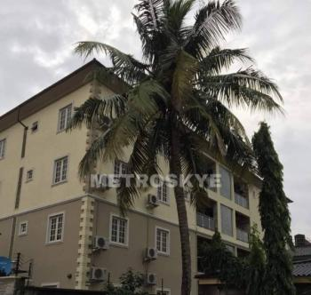 Modern  and Highly Serviced Well Built 8 Nob 3 Bedroom Flat, Gbagada Phase 1, Gbagada, Lagos, Flat for Rent