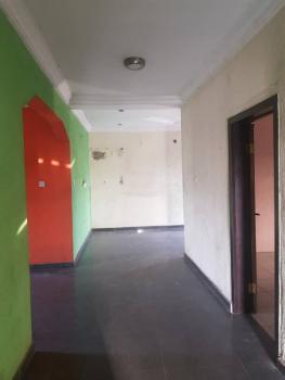 3 Bedroom Flat, Upstairs, Apata, Shomolu, Lagos, Flat for Rent