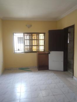 a Beautiful Self Contained Upstairs and Just 3 People in a Compound, Lekki Phase 1, Lekki, Lagos, Self Contained (single Rooms) for Rent