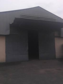 a Bay Warehouse Measuring 1000sqm with Self Compound, Oba Akran, Ikeja, Lagos, Warehouse for Rent