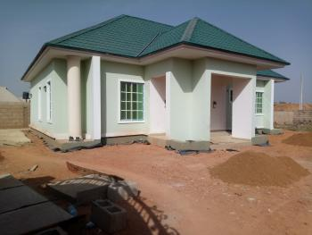 Sparkling New Standalone  3 Bedroom Bungalow, Atiku Street, Rayfield, Jos South, Plateau, Detached Bungalow for Rent