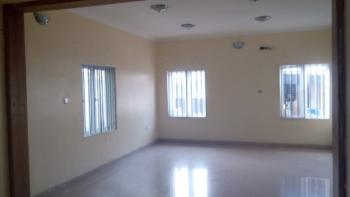 Nice Single Occupant 2 Bedroom Apartment, Off Admiralty Way, Lekki Phase 1, Lekki, Lagos, House for Rent