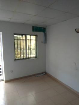 Upper Floor 2 Bedroom Flat, Oba Amusa Estate, Agungi, Lekki, Lagos, Flat for Rent