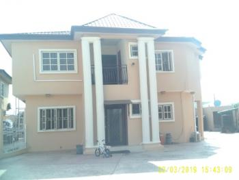 Ccomfortable 3 Bedroom Flat for Rent, Muhammadu Lawal Close, Off Oluwale Street, Off Chief Collins Street, Lekki Phase 1, Lekki, Lagos, Flat for Rent