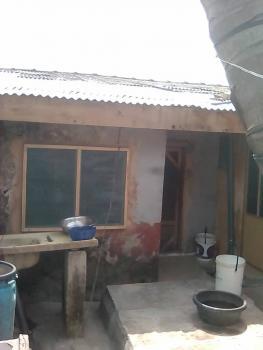 Decent Solid 3 Bedroom Bungalow in a Nice Environment, Bank Olemoh Street, Ogunlana, Surulere, Lagos, Detached Bungalow for Sale