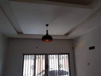 Luxurious 2 Bedroom Apartment Totally Finished to Taste, Nice Compound, Good Clean Treated Water and Adequate Security, Lekki Phase 1, Lekki, Lagos, Terraced Duplex for Rent