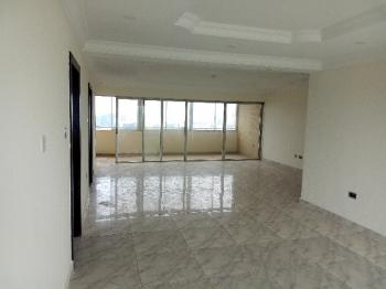 Serviced 3 Bedroom Flat with Swimming Pool Gym, Lawn Tennis Court, Terrace, Ample Parking Space Etc in V.i. Rent: N3.5m P.a, Victoria Island, Victoria Island Extension, Victoria Island (vi), Lagos, Flat for Rent