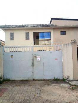 6 Bedroom Duplex, 5th Avenue, Festac, Isolo, Lagos, Terraced Duplex for Sale
