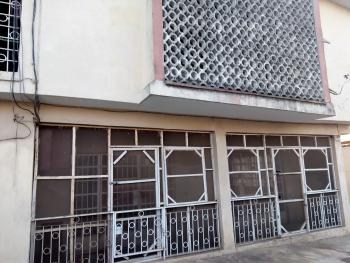 Spacious 4 Bedroom Flat, Ground Floor, with Drive-in Garage, Zone A4, Gra, Ogudu, Lagos, Flat for Rent