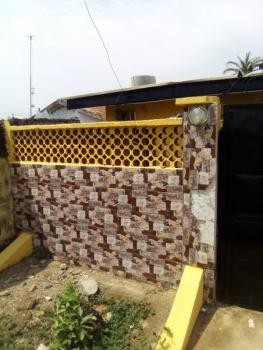 2 Bedroom Detached Bungalow, 3 Toilets, Well Secured Fence, Spacious Sitting Room, Federal Housing, Kubwa, Abuja, Semi-detached Bungalow for Rent