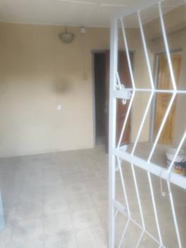 a Decent 2 Bedrooms Flat, Akerele, Surulere, Lagos, Flat for Rent
