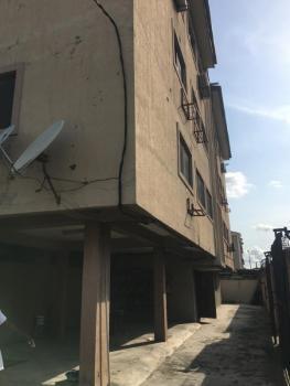 Nice 3 Bedroom Flat with 2 Toilets and 2 Baths, Alagomeji, Yaba, Lagos, Flat for Rent