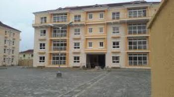 Luxury 3bedroom Apartment at Jakande, Shoprite Road, Lekki Phase 2, Lekki, Lagos, Flat for Rent