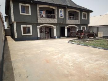 2 Bedroom Flat, Mowokekere Bus Stop, Off Elepe Ijede Road, Ikorodu, Lagos, Flat for Rent