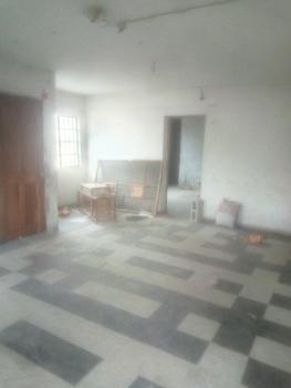 Spacious 3 Bedroom Upstairs, Off Anjorin Street, Lawanson, Surulere, Lagos, Flat for Rent