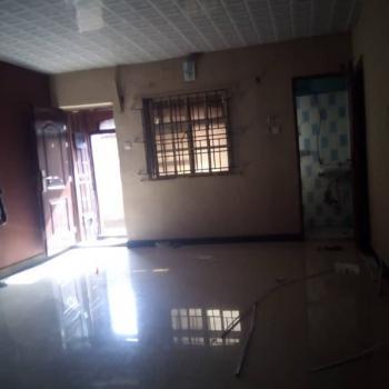 2 Bedroom Flat, Ibadan Street, Ebute Metta East, Yaba, Lagos, Flat for Rent
