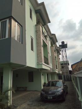Tastefully Finished All Rooms En Suit 3 Bedroom Terrace, Off Ogunlana Drive, Ogunlana, Surulere, Lagos, Terraced Duplex for Sale