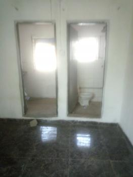 Renovated Room Self Contained, Agbonyin Street, Adelabu, Surulere, Lagos, Self Contained (single Rooms) for Rent