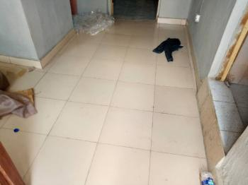 2 Bedroom Apartment, Off Fola Agoro Road, Fola Agoro, Yaba, Lagos, Flat for Rent