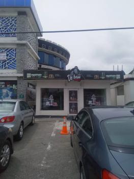 Very Strategic Shopping Centre, Lekki Phase 1, Lekki, Lagos, Plaza / Complex / Mall for Sale