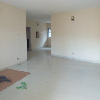 Lovely 3 Bedroom, Bickersteth Estate, Onike, Yaba, Lagos, Flat for Rent
