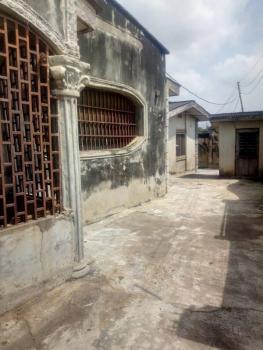3 Bedroom, Oloruntunmo, Off Bembo Area, Oluyole, Oyo, Detached Bungalow for Sale