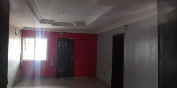 Very Decent 3 Bedroom Flat, Alagomeji, Yaba, Lagos, Flat for Rent